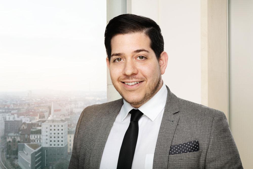 Daniel Schnapp, Project Manager / Diplom Jurist